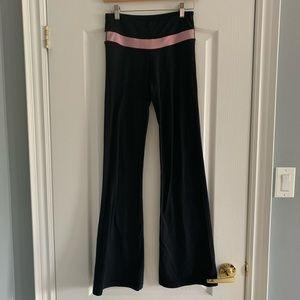 Reversible lululemon yoga pants